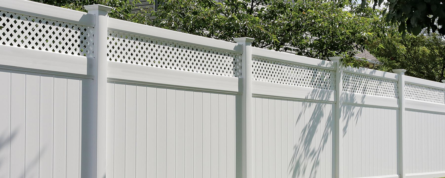 Arrowwood Vinyl Fence