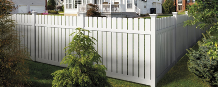 Barberry Vinyl Fence
